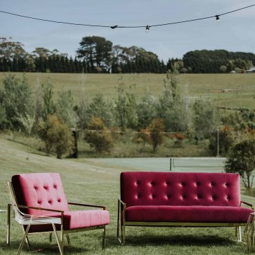 Otto and Chaise armcahir magenta