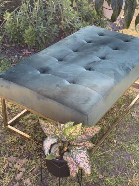 Otto and Chaise ottoman green